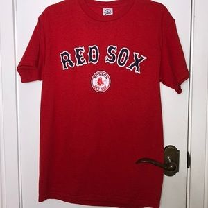Delta Red Socks tee shirt size Med.